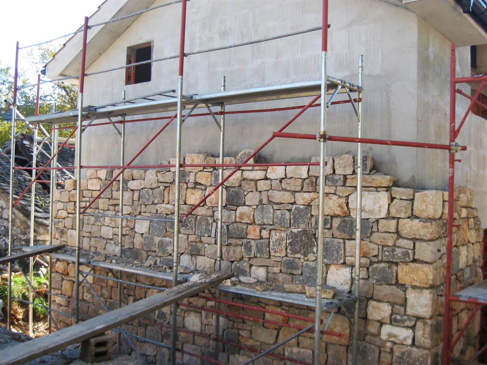 Kamena kuća